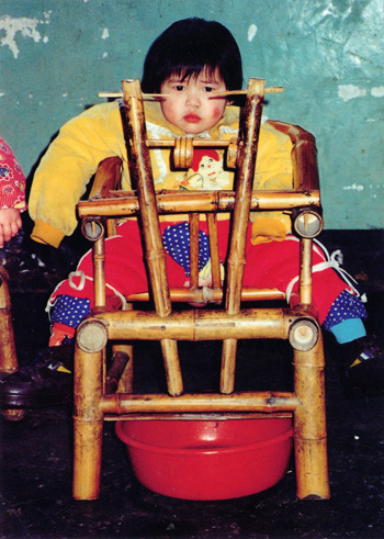 This Is Two Year Old Mei Ming She Awaits Death In A Dying
